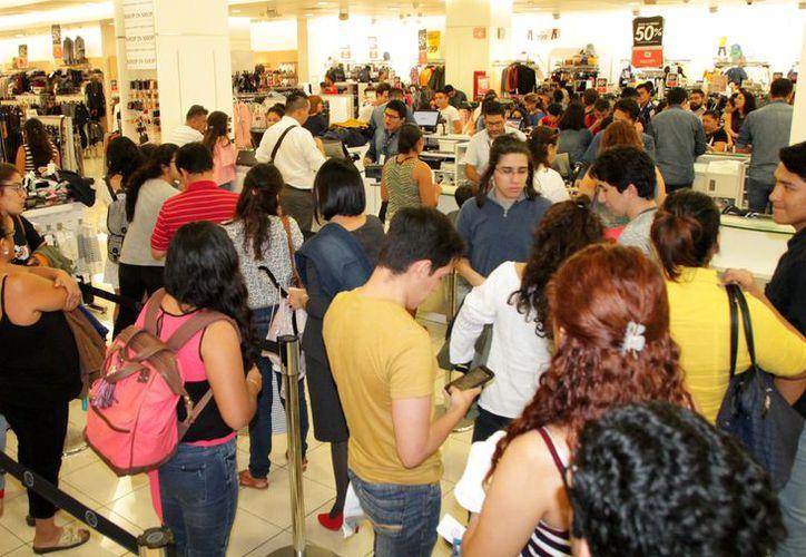 Aseguran que El Buen Fin brinda la oportunidad a los compradores de adquirir bienes y servicios con ofertas. (Milenio Novedades)