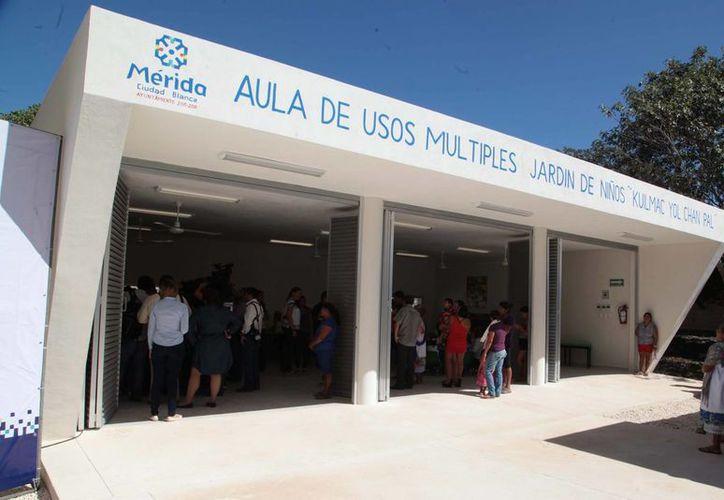 El alcalde Mauricio Vila inauguró este jueves en Dzununcán obras del proyecto ¨Mérida Incluyente¨. (Fotos cortesía del Ayuntamiento)