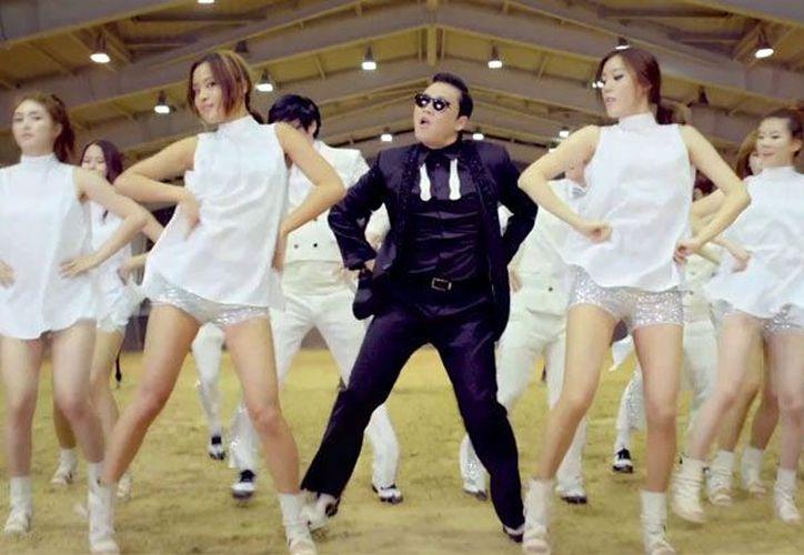 """Con más de 803 millones de contactos, """"Gangnam Style"""" se convierte en el video más visto en la historia de Youtube.  (billboard.com)"""