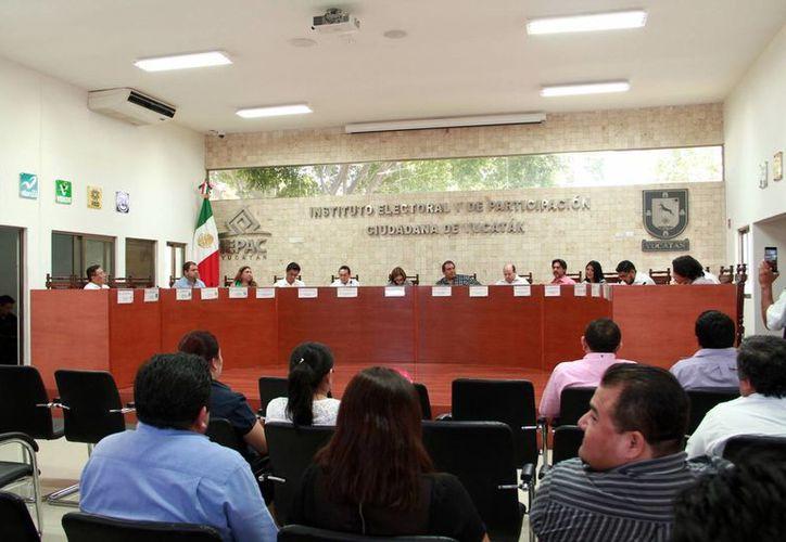 Ayer sesionó el Consejo General del Iepac para tratar diversos temas, como la creación la creación de un Comité de Transparencia. (Milenio Novedades)