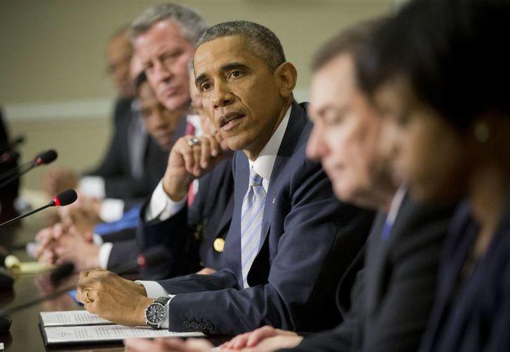 Obama habla durante un encuentro con autoridades, jefes policiales, representantes religiosos y comunitarios en la Casa Blanca. (Agencias)