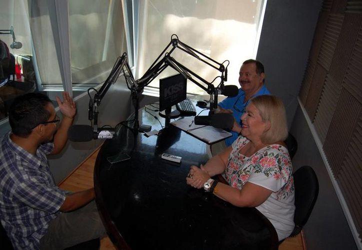 La transmisión del programa radiofónico Salvemos una Vida se realiza a través de la 100.1 de La Nueva Amor. (SIPSE)