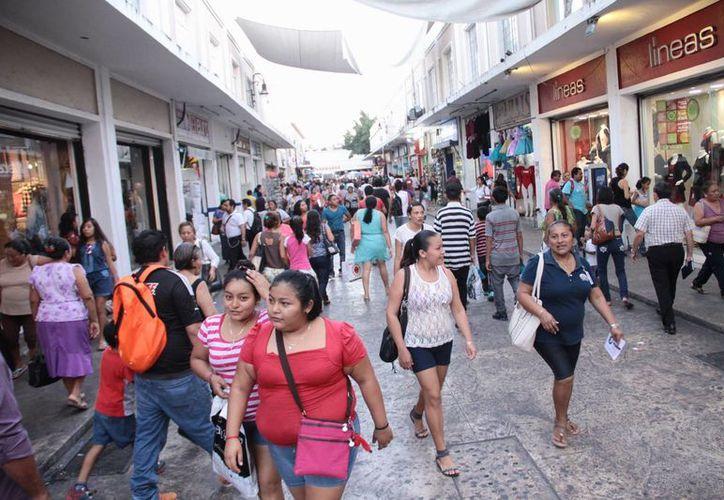 La derrama de fin de año en 2014 en Yucatán fue de 16 mil 500 millones de pesos, pero este año se estima que sea de más de 17 mil mdp. (SIPSE)