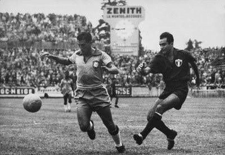 Jorge Romo enfrentó a Brasil y Francia en el Mundial de 1954. (vavel.com/Foto de contexto)