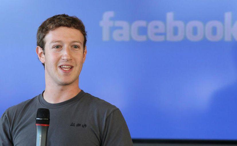 Las redes sociales como Facebook han cambiado drásticamente nuestra forma de interactuar. (Contexto)