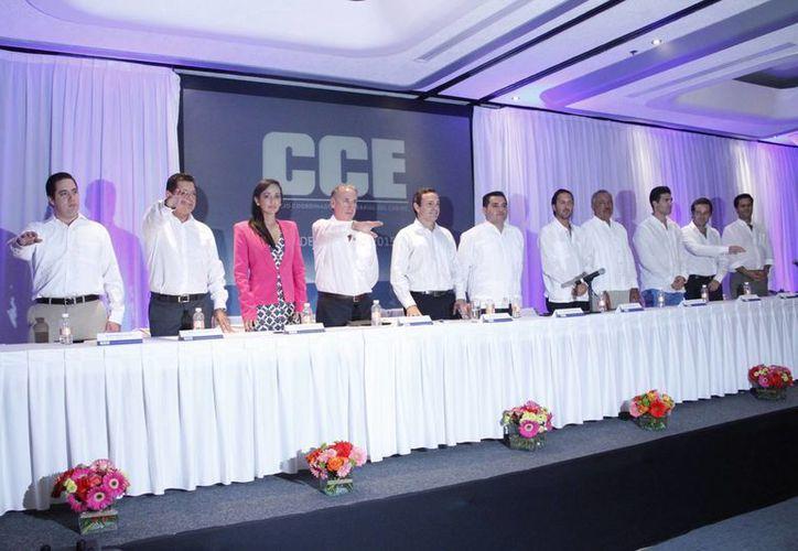 Toma de protesta de la mesa directiva del Consejo Coordinador Empresarial. (Tomás Álvarez/SIPSE)