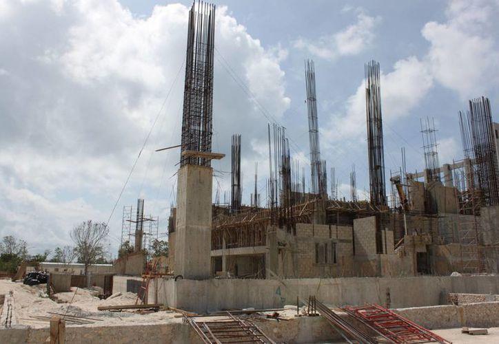 Con este refinanciamiento se abre la posibilidad que se se retomen las obras que quedaron sin terminar durante la administración pasada. (Carlos Calzado/SIPSE)