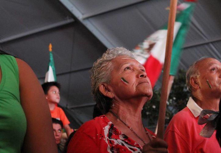 Las autoridades restringirán la venta de alcohol durante la celebración del Grito de Independencia en Playa del Carmen. (Octavio Martínez/SIPSE)