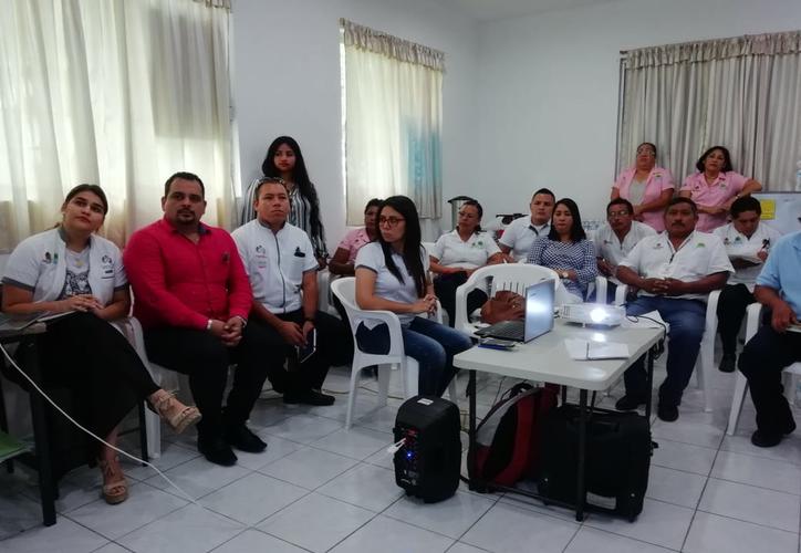 La capacitación que recibió el personal de salud del estado se realizó para replicar la información que se emitió durante la Reunión Nacional de Entornos y Comunidades Saludables.  (Sergio Orozco/SIPSE)