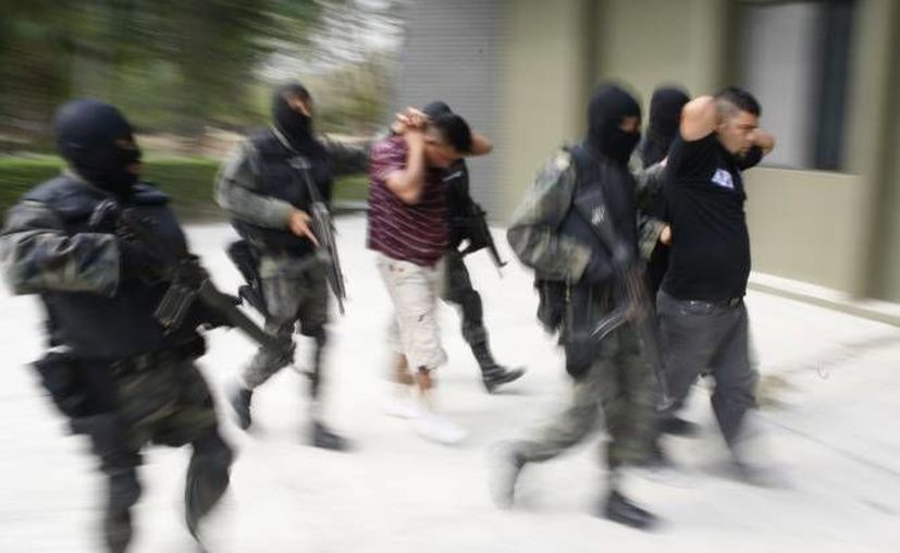 Además de capturar a 102 sujetos relacionados con secuestros y extorsiones, 31 víctimas han sido liberadas. (Agencias/Contexto)