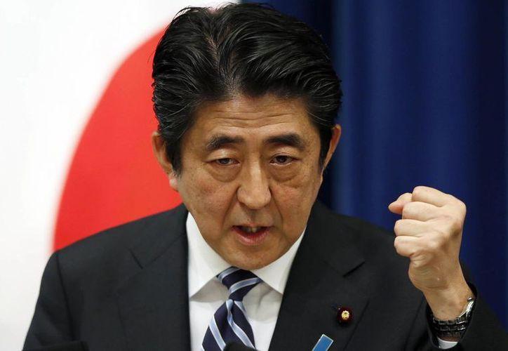 El premier japonés Shinzo Abe condenó enérgicamente el terrorismo del Estado Islámico. (AP)