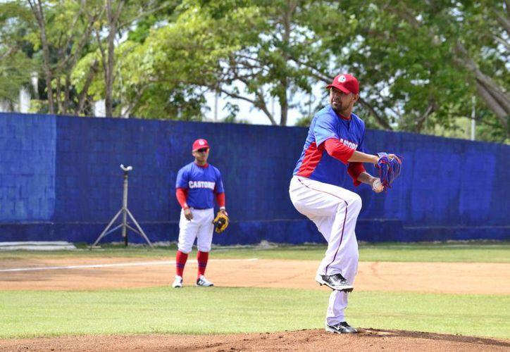 Rivera obtuvo su primer triunfo con la franela de los Castores de Lucky Seven, en la actual Temporada de la Liga Estatal Naxón Zapata.(Daniel Sandoval/Milenio Novedades)
