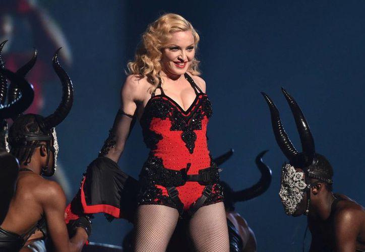Madonna durante la entrega de los premios Grammy, en febrero. La cantante considera a Kanye West la 'nueva Madonna', por su talento y desparpajo. (AP)