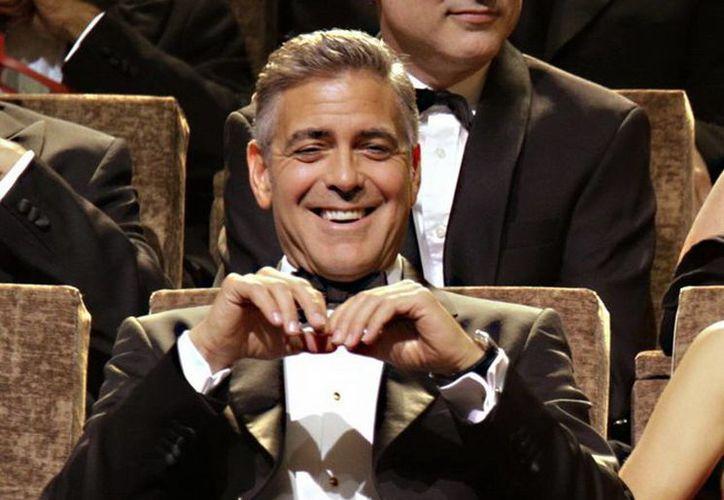 A 16 años de distancia, George Clooney reconoce que fue un desastre como Batman y se negó a calificar cómo será la actuación de Ben Affleck en el papel. (Agencias)
