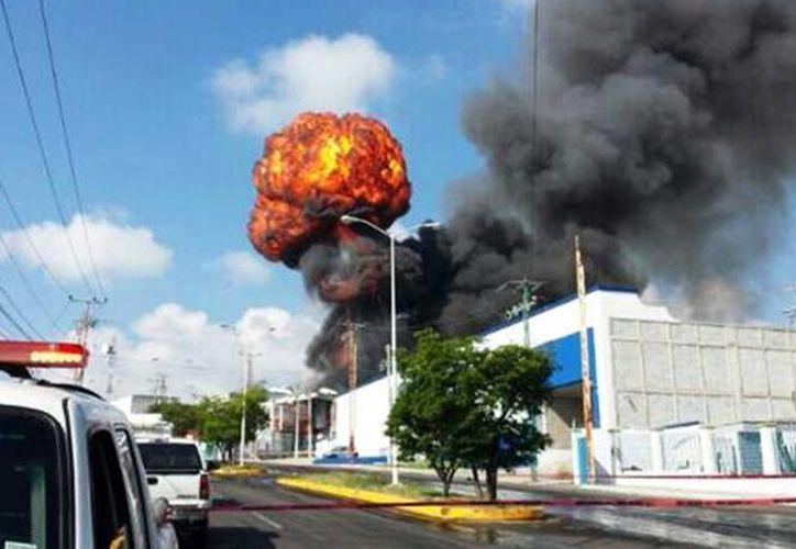 El estallido fue captado oportunamente por la prensa local. (Foto tomada de excelsior.com.mx)