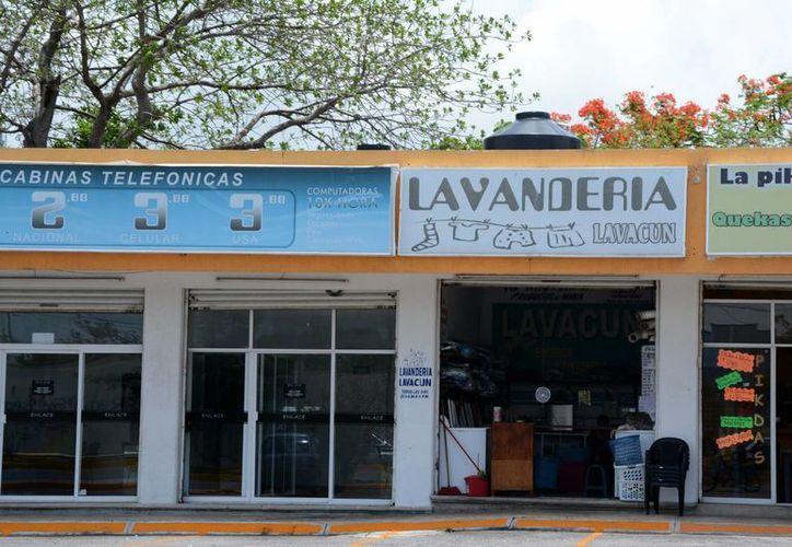 Tratan de eficientar a más de cuatro mil pequeños negocios. (Victoria González/SIPSE)
