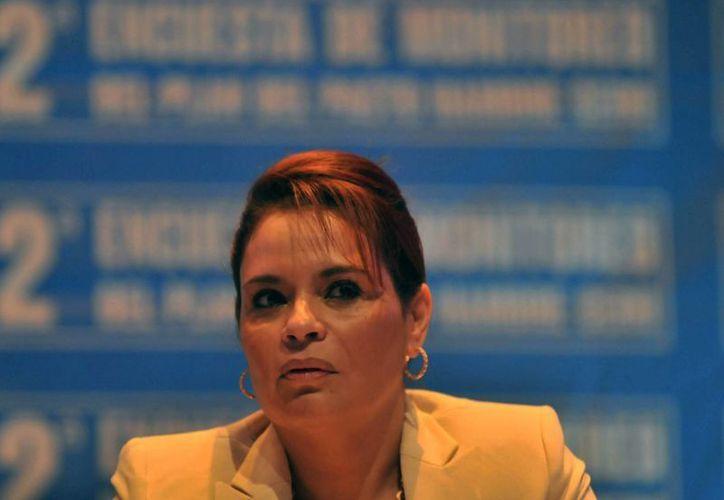La vicepresidenta guatemalteca, Roxana Baldetti, dijo que ya buscan tipificar como delito el mal uso de la aplicación Secret. (Foto: EFE)