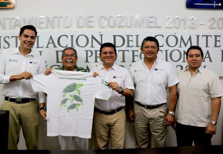 Desde ayer quedó instalado y entró en funciones el Comité de Protección de la Tortuga Marina de la Isla de Cozumel, temporada 2014. (Redacción/SIPSE)