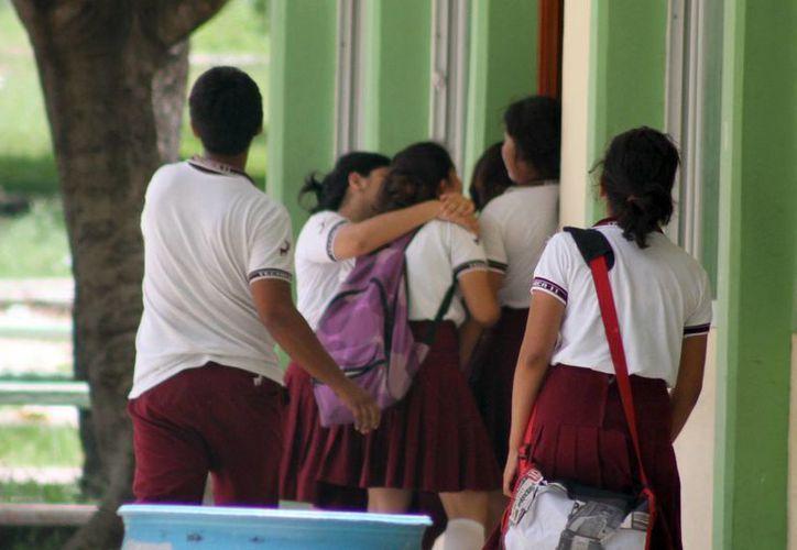 Tratarán de evitar la violencia entre estudiantes. (Sergio Orozco/SIPSE)