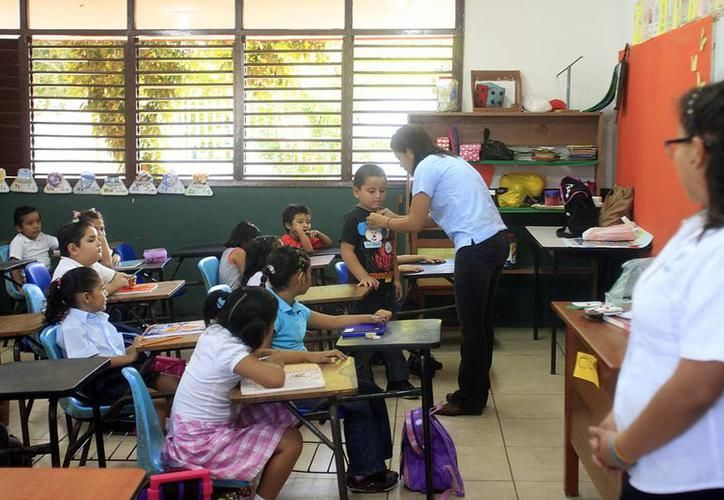 Un total de 20 millones de pesos en becas del Ibecey serán repartido entre más de 26 mil estudiantes de escuelas públicas.