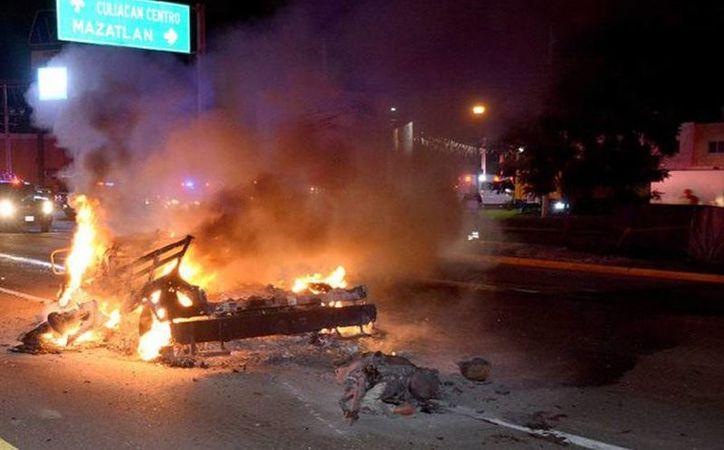 La emboscada de sicarios a los militares arrojó un saldo de cinco militares abatidos. (rutasinaloa.mx)