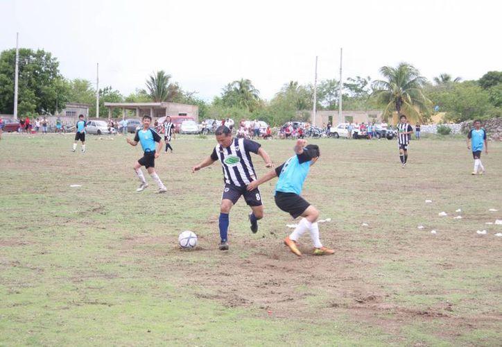 Un gol de último minuto logró que Rayados de Mérida empatará. (SIPSE)
