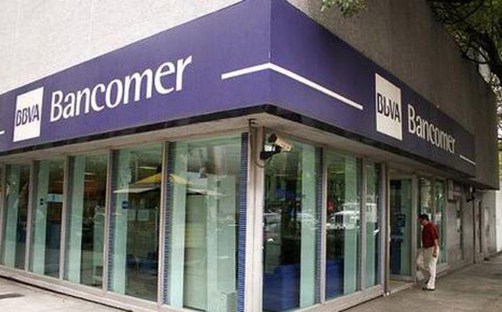 El banco BBVA Bancomer es uno de los peor calificados por la Condusef en cuanto a servicio al cliente. (Milenio.com)