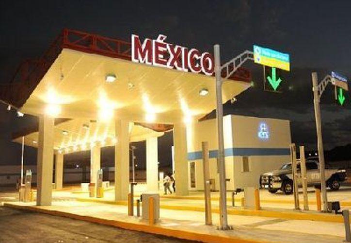 México ejecutó en 268 días su parte del proyecto de infraestructura de comunicaciones con fines comerciales. Belice, solicitó su apoyo. (Francisco Sansores/SIPSE)