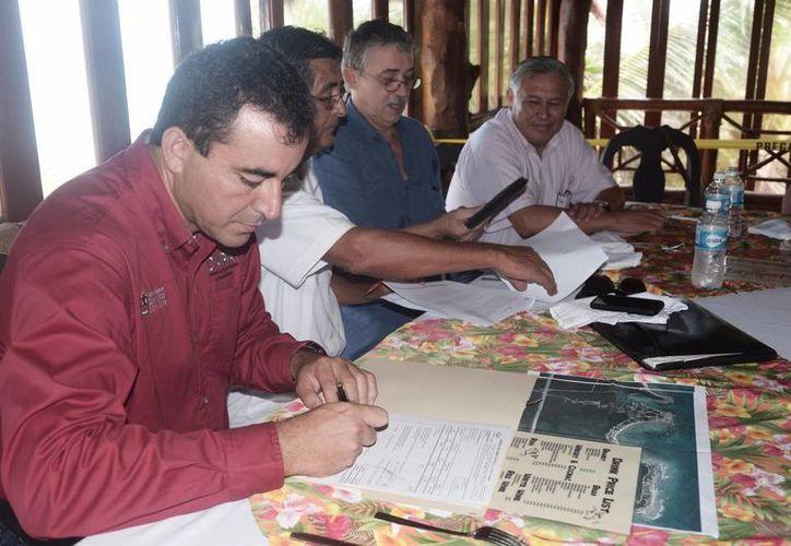 Presentación del proyecto de drenaje para Akumal turístico. (Rossy López/SIPSE)