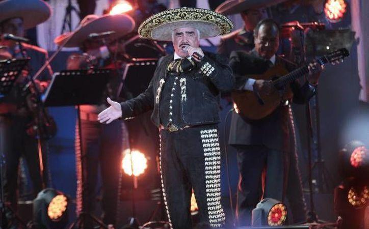 En las próximas horas deberán dar más detalles sobre la participación del ranchero mexicano, en las actividades de apoyo hacia la candidata Hillary Clinton.(Notimex)