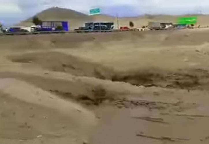 Evangelina Chamorro Díaz fue arrastrada por una corriente de lodo a través de más de 50 metros. (Captura Youtube).