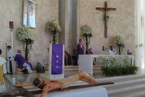 Misa por cumpleaños del Arzobispo de Yucatán