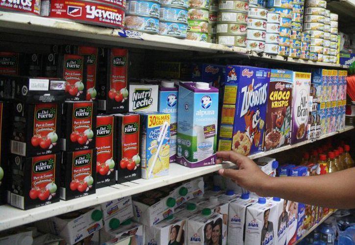 Desde el segundo día del año varios insumos en la dieta diaria de los solidarenses sufrieron aumento en sus precios. (Octavio Martínez/SIPSE)