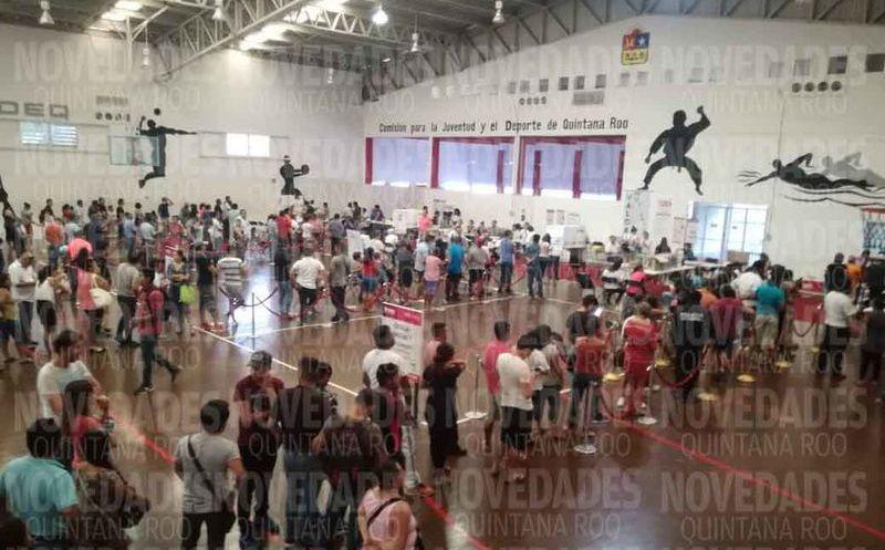 La casilla especial se instaló en el gimnasio Nohoch Sukun. (Miguel Maldonado/SIPSE)
