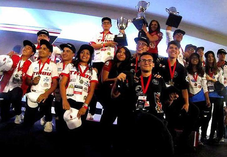 Orgullo azteca al tener representantes mexicanos en este certamen internacional.  (Foto: MedioTiempo)