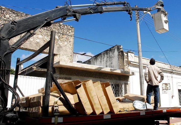 La empresa AB&C Leasing se deslindó de las fallas en el alumbrado público de Mérida. (Archivo/SIPSE)