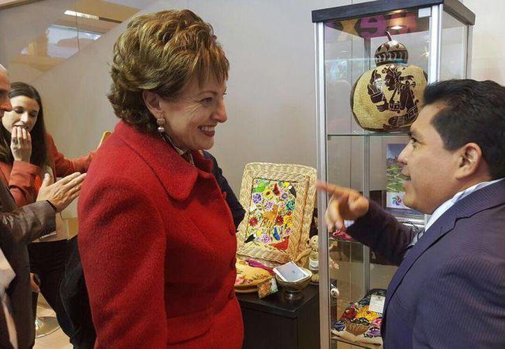 El presidente municipal de Tulum, David Balam Chan, sostuvo un  encuentro con la embajadora de México en España, Roberta Lajaous Vargas. (Redacción/SIPSE)