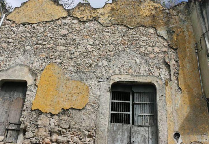 Casas en mal estado representan un grave riesgo para los ciudadanos, la mayoría se encuentran ubicadas en el centro de la ciudad. (Milenio Novedades)