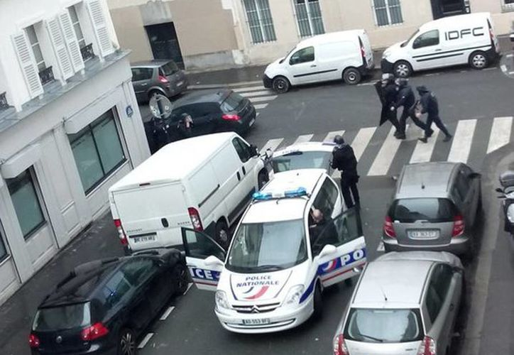 La policía llegó al lugar tras escucharse disparos. (twitter.com/Odonata2000)