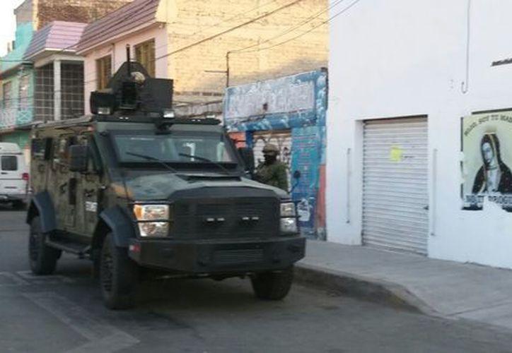 A 'El Cochi' le fueron aseguradas armas y droga. (Foto: Milenio.com)