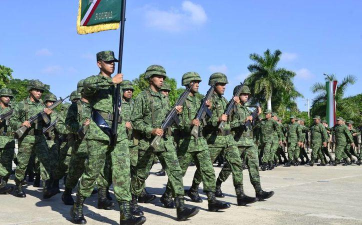 Durante tres meses 89 jóvenes realizarán su Servicio Militar en Mérida. (Fotos cortesía del Ayuntamiento)