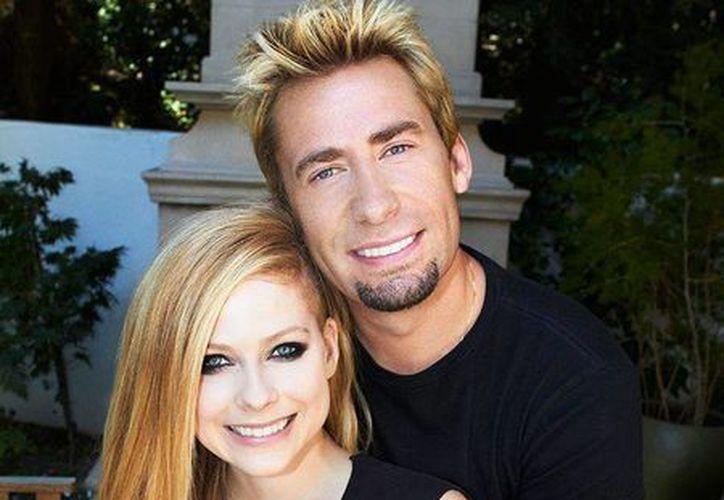 La canadiense y el integrante de la banda Nickelback se comprometieron en agosto de 2012. (Internet)