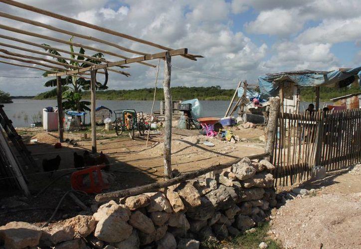 Se contempla la construcción de aulas de educación inicial indígena y desayunadores escolares. (Harold Alcocer/SIPSE)