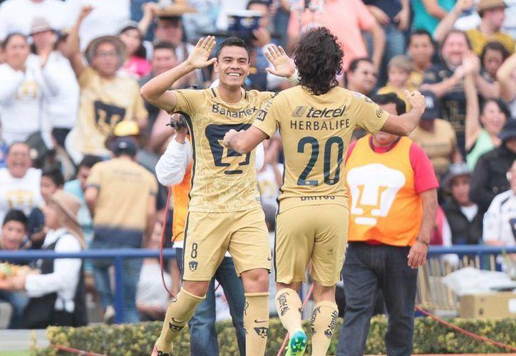 Pablo Barrera fue el autor del primer gol de los universitarios,casi empezando la primera mitad del encuentro. (Notimex)