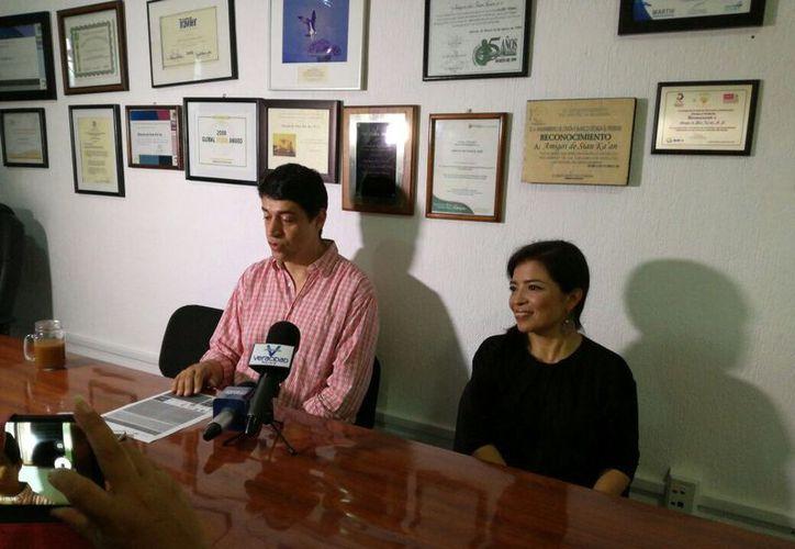 El director de Amigos de Sian Ka'an, Gonzalo Merediz Alonso, dijo que también se dará el banderazo del proyecto de DH Bus. (Luis Soto/SIPSE)