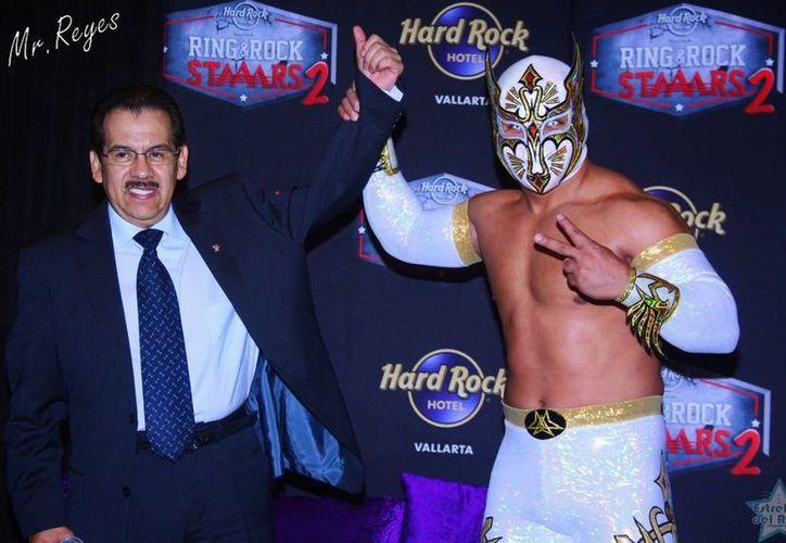 Myzteziz (foto) y Rey Misterio Jr. pondrán en juego sus máscaras al enfrentarse este domingo a Hijo del Perro Aguayo y Pentagón Jr en Guadalajara. (estrellasdelring.blogspot.mx)