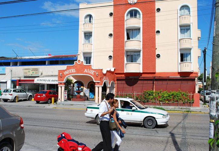 Los hoteleros del primer cuadro de la ciudad esperan tener ocupaciones de hasta el 65% de manera sostenida. (Tomás Álvarez/SIPSE)