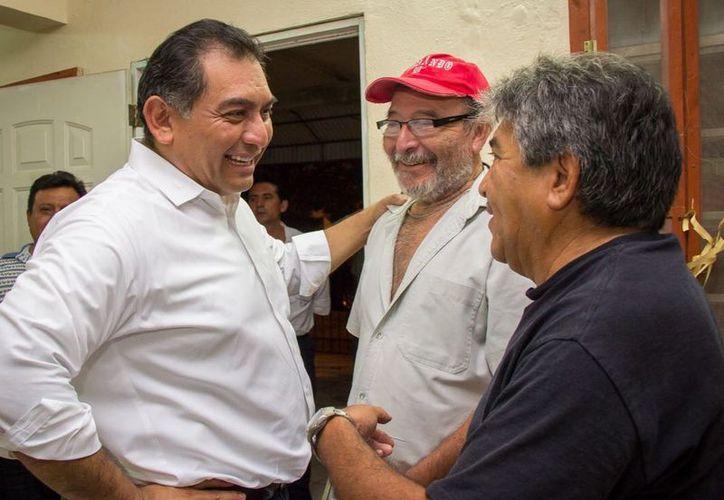 Víctor Caballero ha dialogado con los meridanos. (Milenio Novedades)