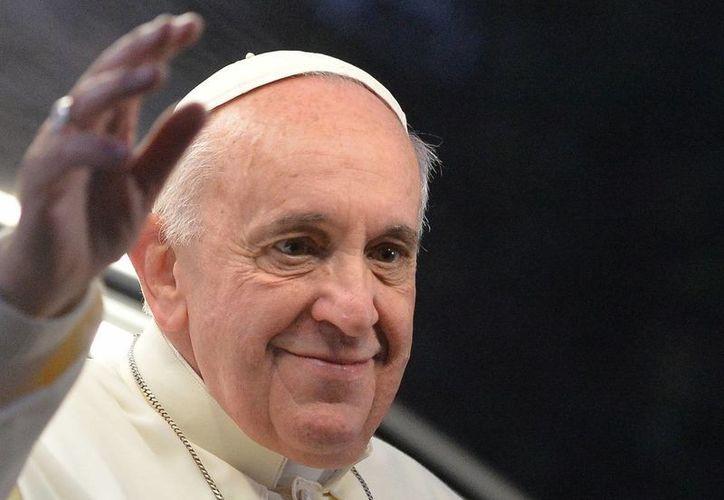 No podemos permanecer encerrados en la parroquia, en nuestras comunidades, dijo el Papa a los obispos. (Agencias)