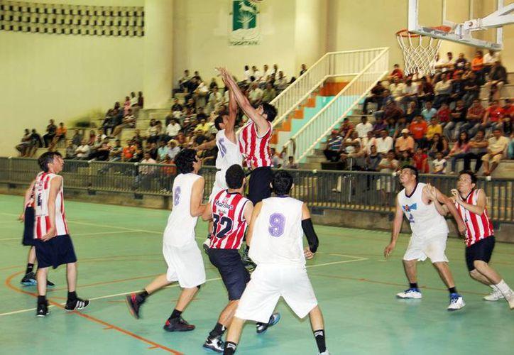 La elimanatoria de baloncesto será en el gimnasio Kuchil Baxal. (Redacción/SIPSE)
